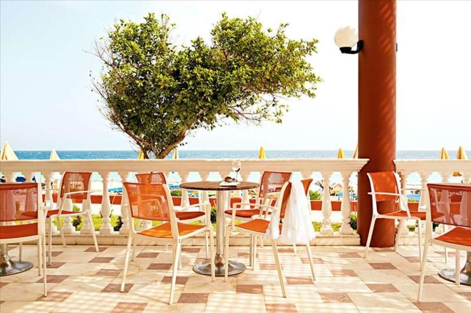 Terras van Sunshine Vacation Club in Trianda (Ialyssos), Rhodos