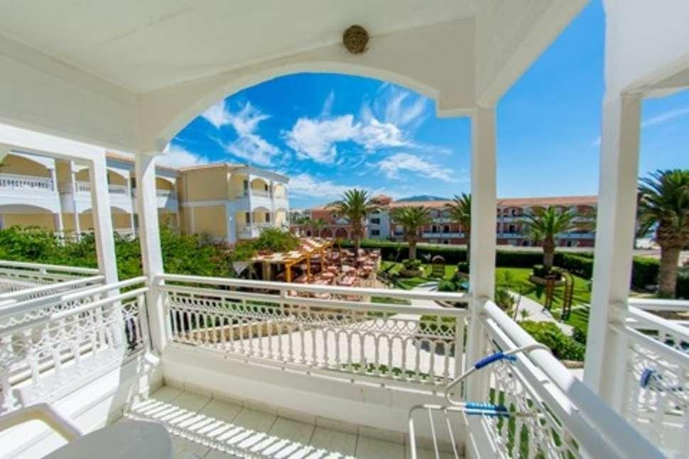 Uitzicht van Poseidon Beach resort in Laganas, Zakynthos