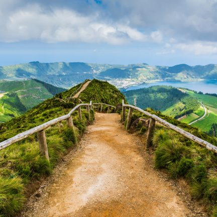 Wandelpad naar Sete Cidades op de Azoren, Portugal