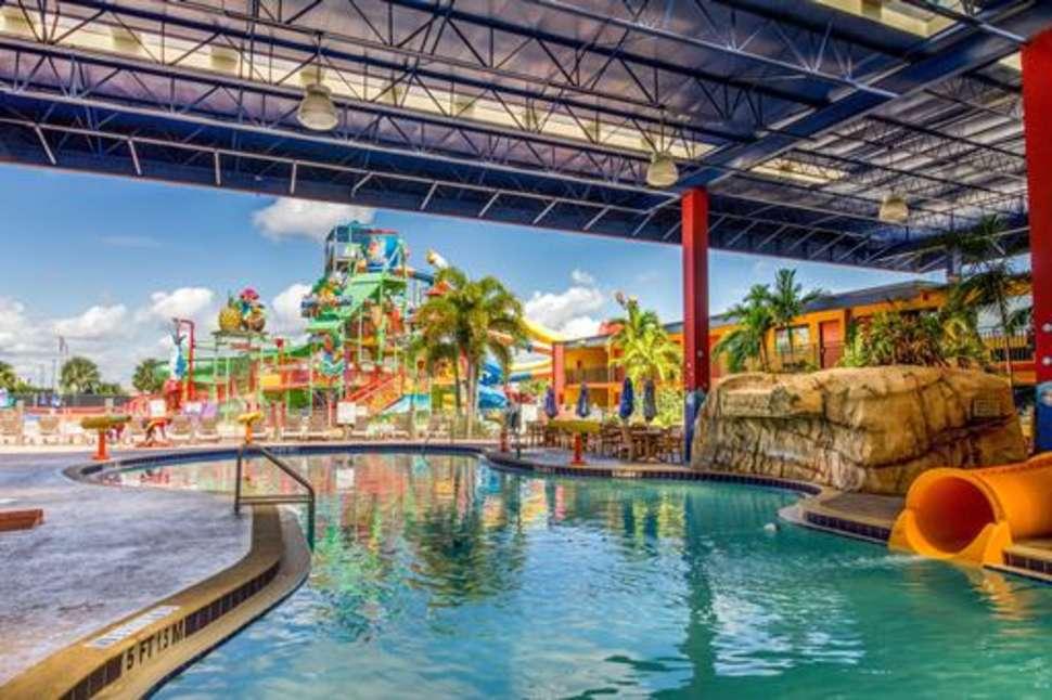 Waterpark en zwembad van Coco Key Resort in Orlando, Florida