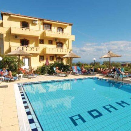 Zwembad van Adams Appartementen in Chersonissos, Kreta