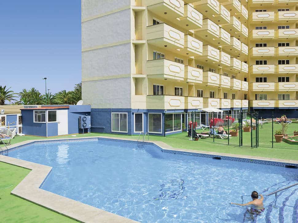 Zwembad van Appartementen Teneguia in Puerto de la Cruz, Tenerife