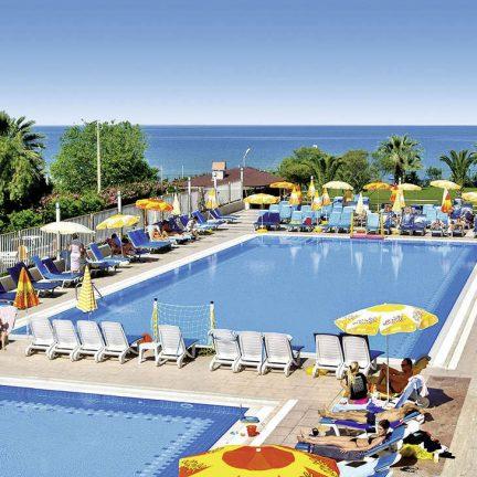 Zwembad van Hotel Ephesia in Kusadasi, Turkije