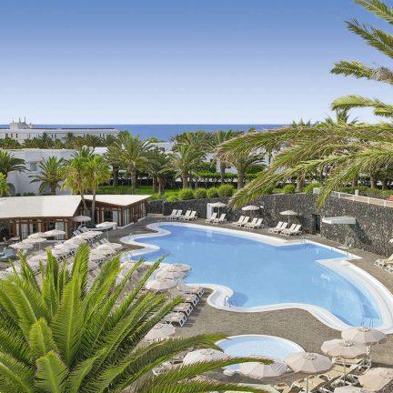 Zwembad van Hotel Ole Olivina Lanzarote in Puerto del Carmen, Lanzarote