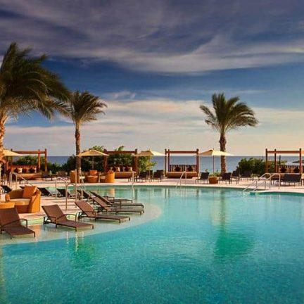 Zwembad van Santa Barbara Beach & Golf Resort in Nieuwpoort, Curaçao