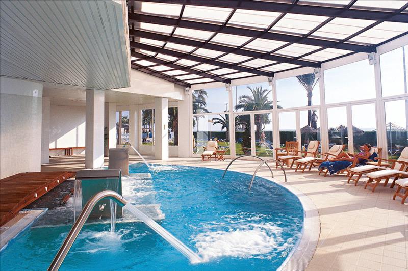 Binnenbad van Hotel Best Sabinal in Roquetas de Mar,