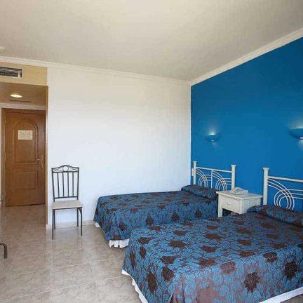 Hotelkamer van Hotel Sorra d'Or in Malgrat de Mar, Spanje