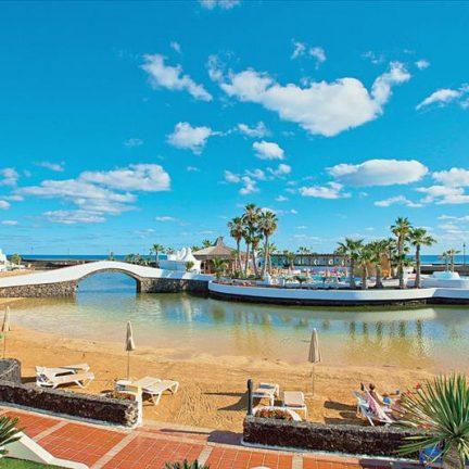 Lagune van Sands Beach Resort in Costa Teguise, Lanzarote