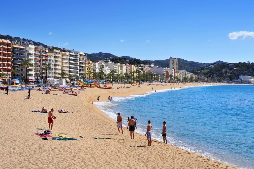 Platja de Lloret beach in Lloret de Mar, Costa Brava, Spanje