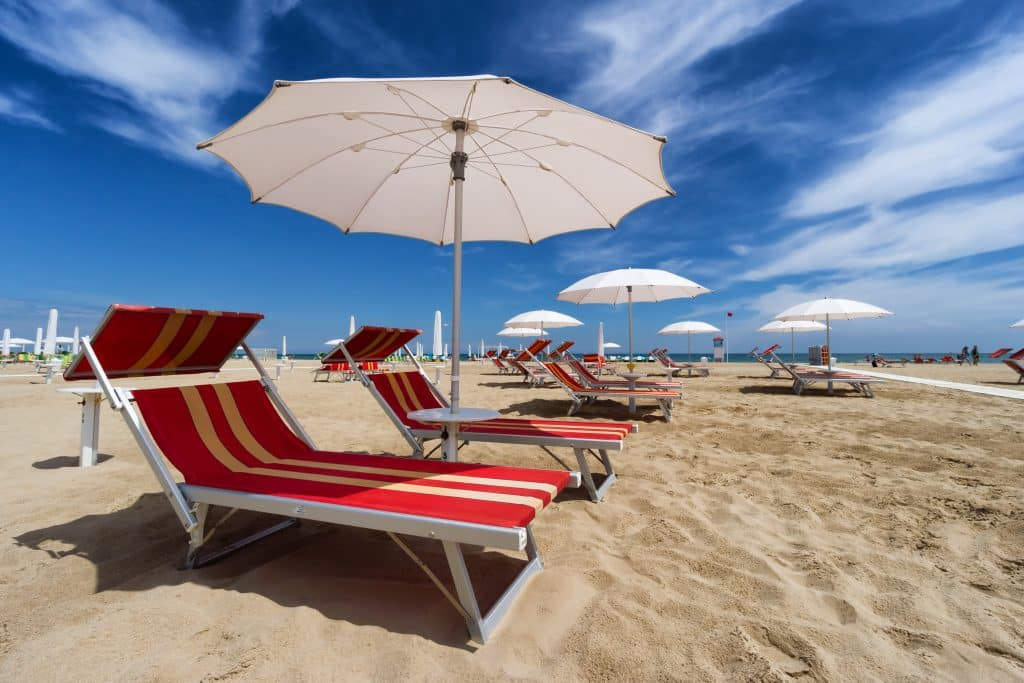 Strand van Rimini in Italië