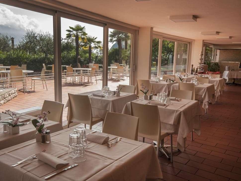 Zwembad van Hotel Royal Village in Limone sul Garda, Gardameer