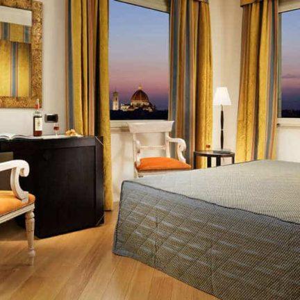 Hotelkamer van hotel Mediterraneo in florence, italie
