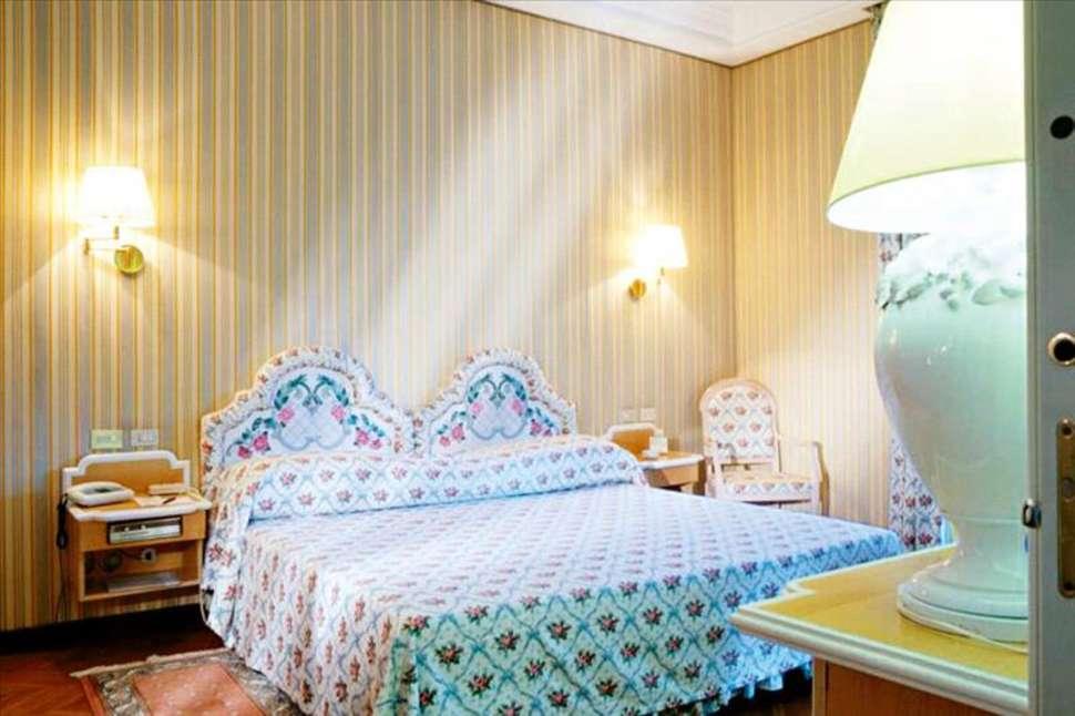 Hotelkamer van Hotel Royal Village in Limone sul Garda, Gardameer