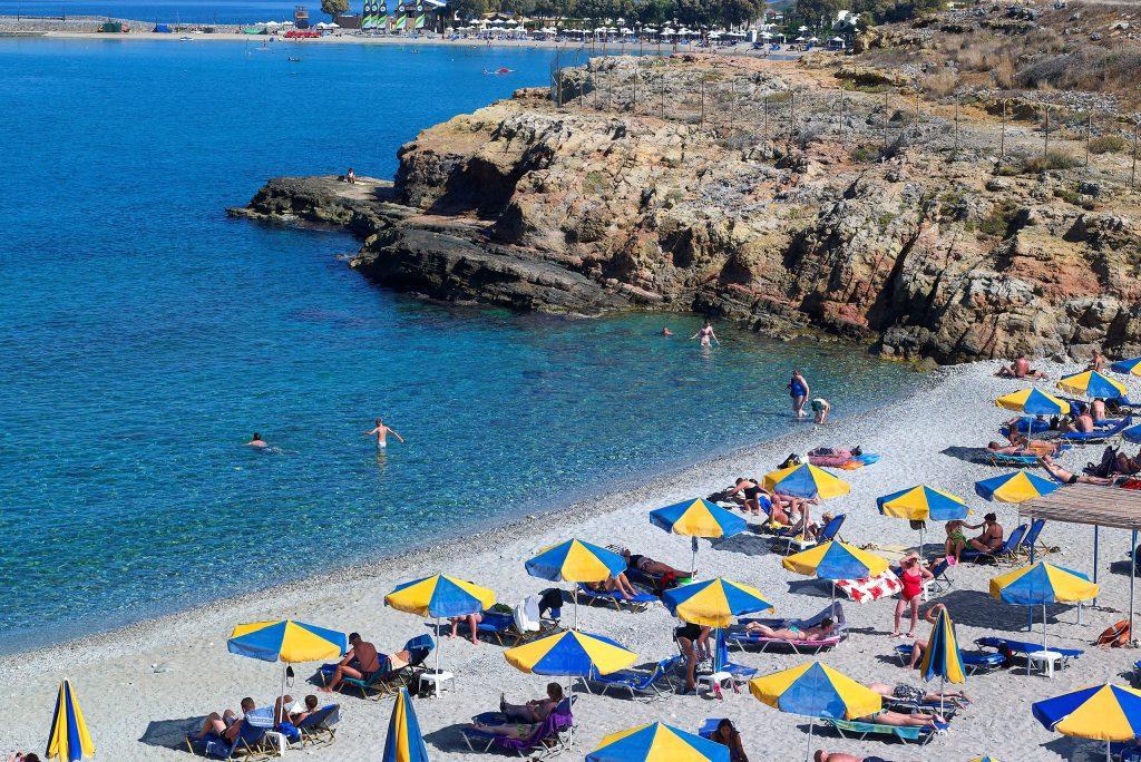 Strand van Sissi Bay Hotel & Spa in Sissi, Kreta