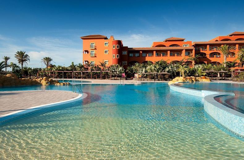 Zwembaden van Sheraton Fuerteventura Beach, Golf & Spa Resort in Caleta de Fuste, Fuerteventura