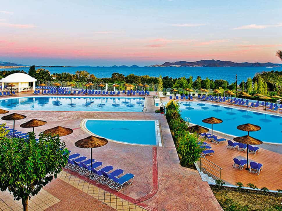 Zwembaden Kipriotis Panorama Hotel & Suites in Psalidi, Kos
