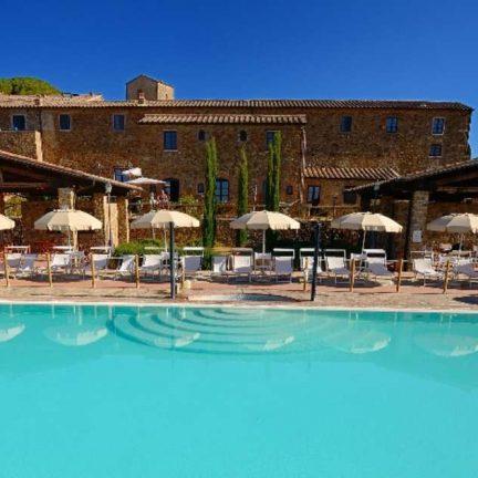 Zwembad Antico Borgo Casalappi in Casalappi, Toscane
