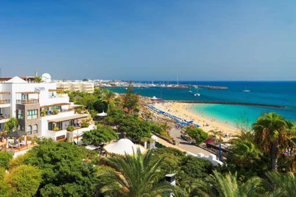 Strand van Princesa Yaiza Suite Hotel Resort in Playa Blanca, Lanzarote
