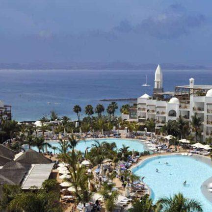 Zwembaden van Princesa Yaiza Suite Hotel Resort in Playa Blanca, Lanzarote