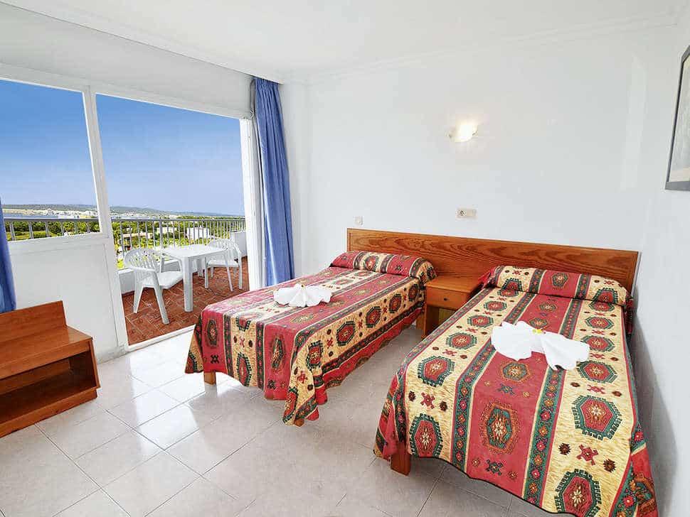 Slaapkamer van appartement in Aparthotel Monterrey in Sant Antoni de Portmany, Ibiza