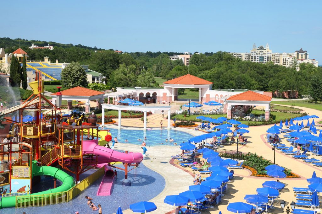 Waterpark van Duni Marina Beach in Duni, Bulgarije