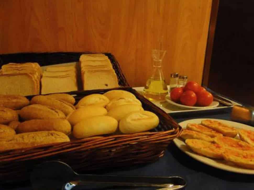 Ontbijt in Hostel Lami in Barcelona, Spanje