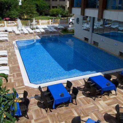 Zwembad van Supreme Hotel in Marmaris, Turkije