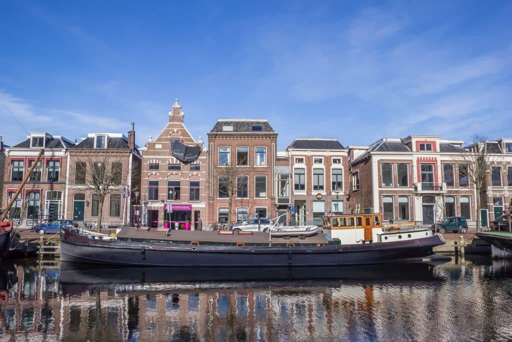 Grachten in Leeuwarden, Friesland