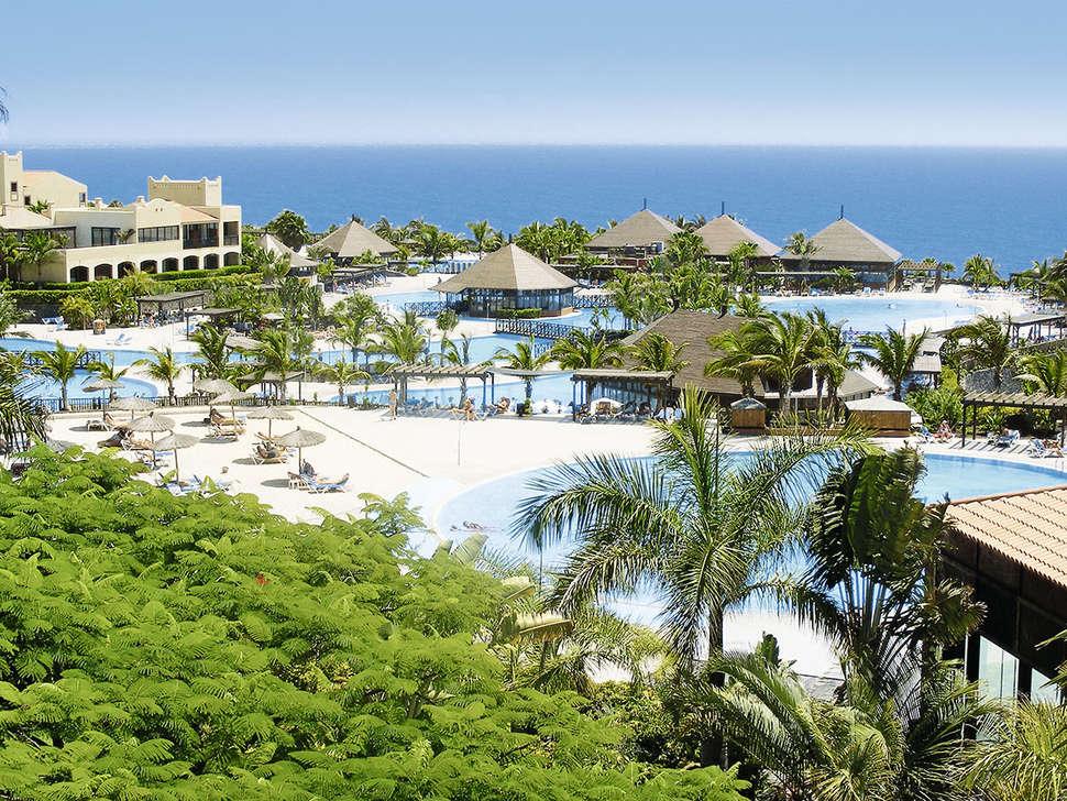 Zwembaden La Palma en Teneguia Princess Spa Hotel in Fuencaliente, La Palma