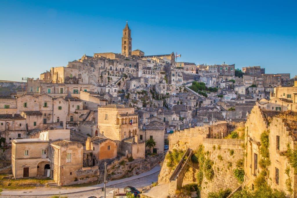 Middeleeuwse stad Sassi de Matera in Puglia, Italië