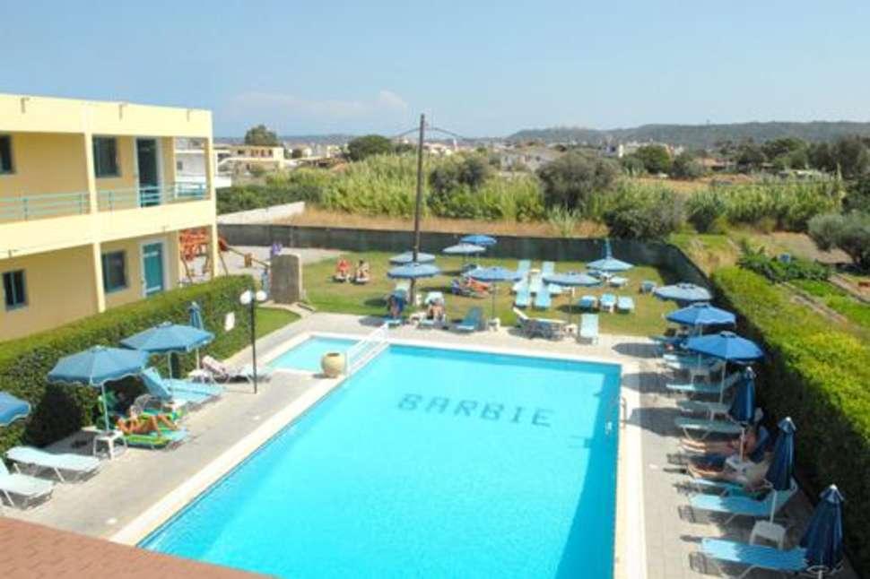 Zwembaden van appartementen Barbie in Ialyssos, Rhodos