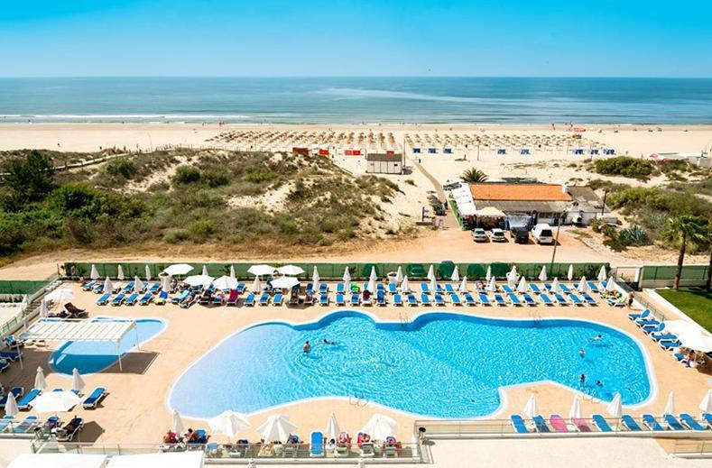 Zwembaden van Appartementen Dunamar in Monte Gordo, Portugal