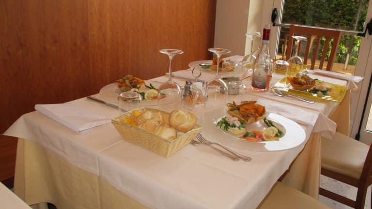 Dineren in Hotel Romeo in Torri del Benaco, Gardameer