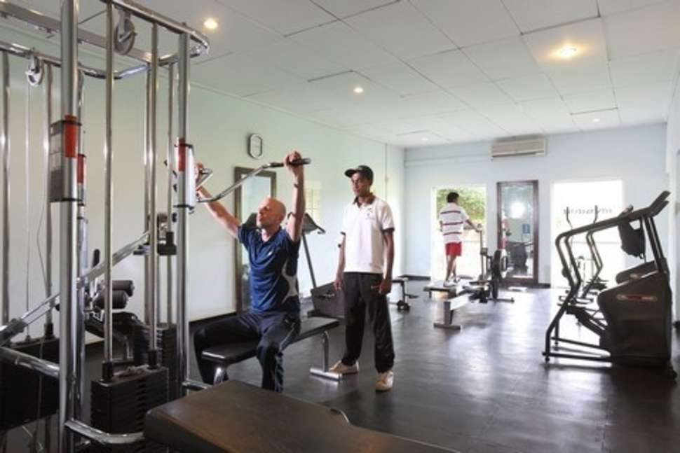 Fitnesscenter van Club Palm Bay Hotel in Marawila, Sri Lanka