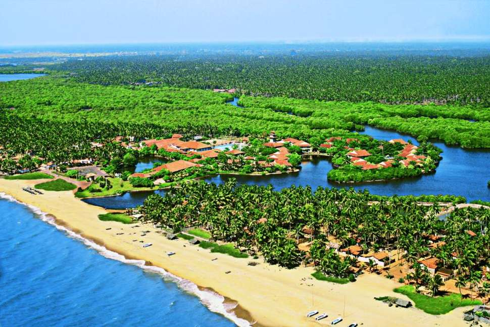 Club Palm Bay Hotel in Marawila, Sri Lanka