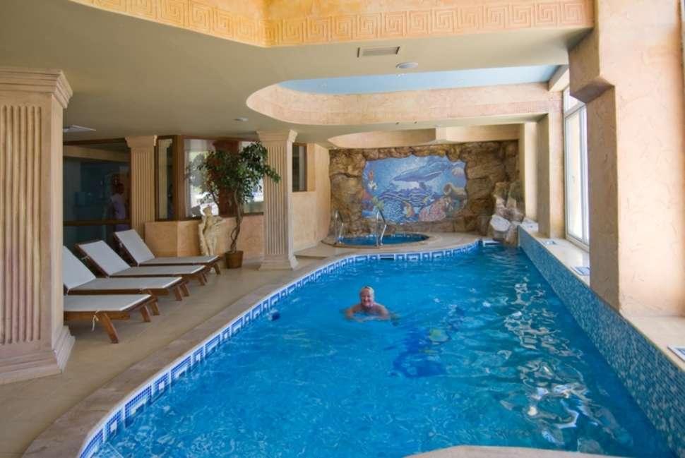 Binnenbad Hotel Villa List in Sozopol, Bulgarije