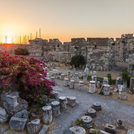 Ruïnes van een fort in Kos-Stad, Kos, Griekenland