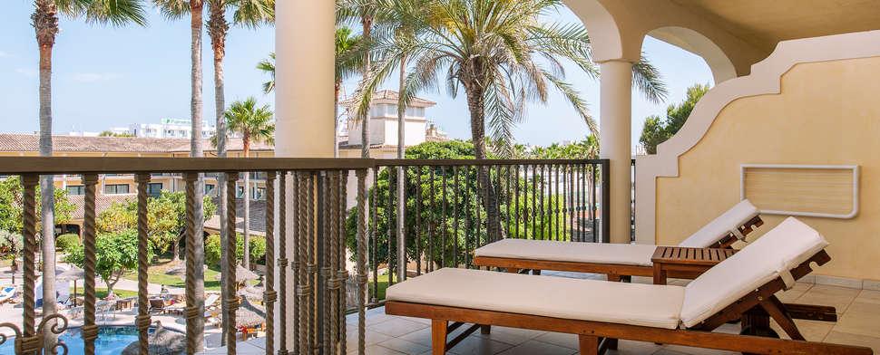 Terras van Hotelkamer van Sentido Mallorca Palace in Sa Coma, Mallorca