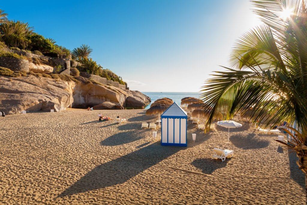 Strand van Costa Adeje op Tenerife