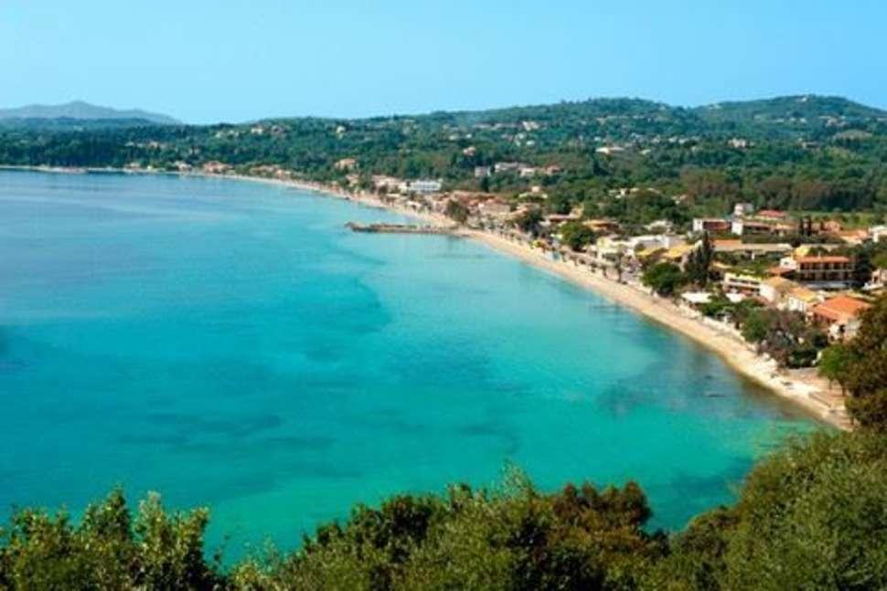 Strand van Zoi en Alexia in Ipsos, Corfu