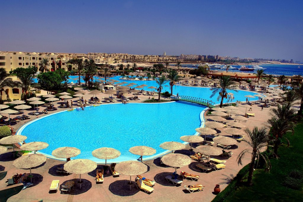 Zwembad van Tia Heights in Makadi Bay, Egypte