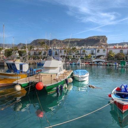 Vissersbootjes in Puerto de Mogan, Gran Canaria