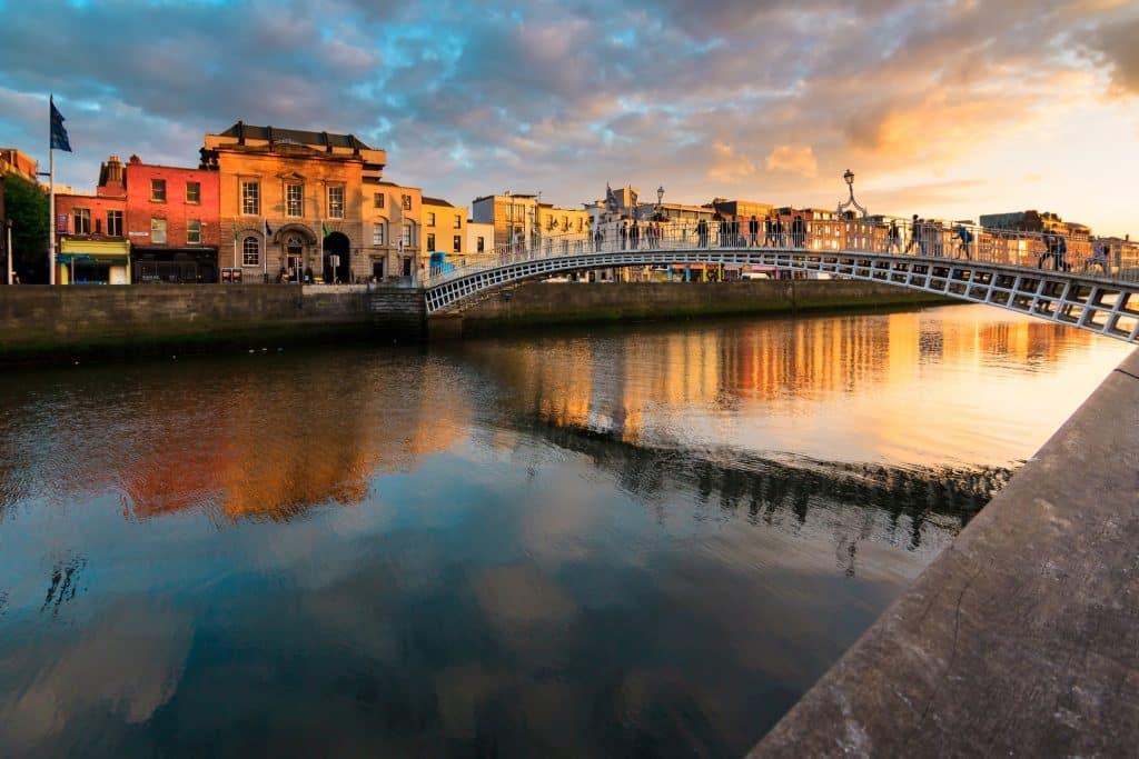 Zonsondergang in Dublin, Ierland