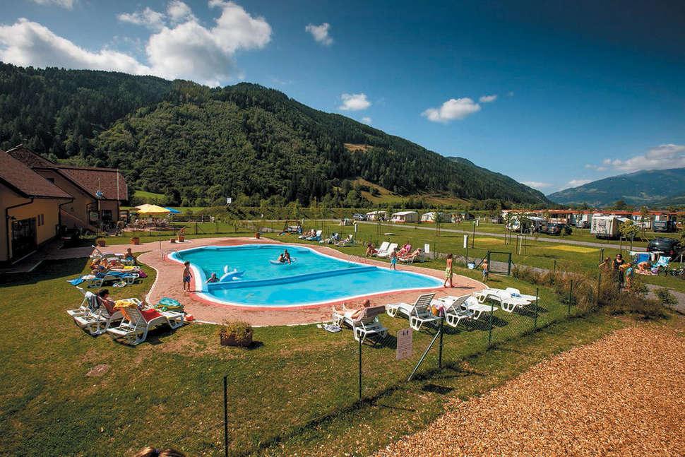 Camping Bella Austria in Sankt Peter am Kammersberg, Oostenrijk