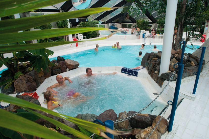 Zwembad van Vakantiepark de Berkenhorst in Kootwijk, Gelderland