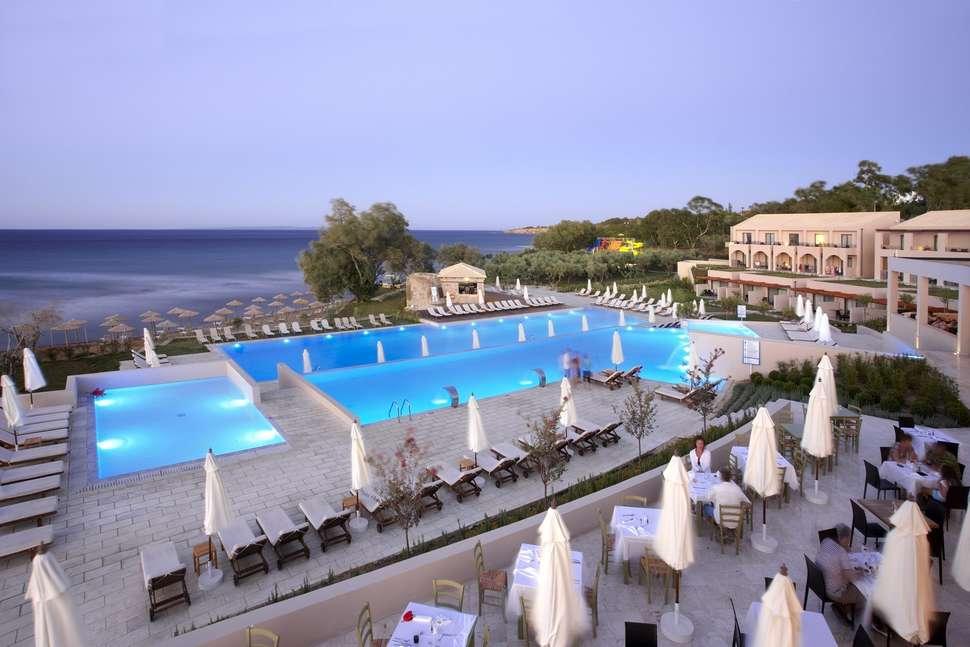 Zwembaden van Atlantica Eleon Grand Resort en Spa in Tsilivi, Zakynthos
