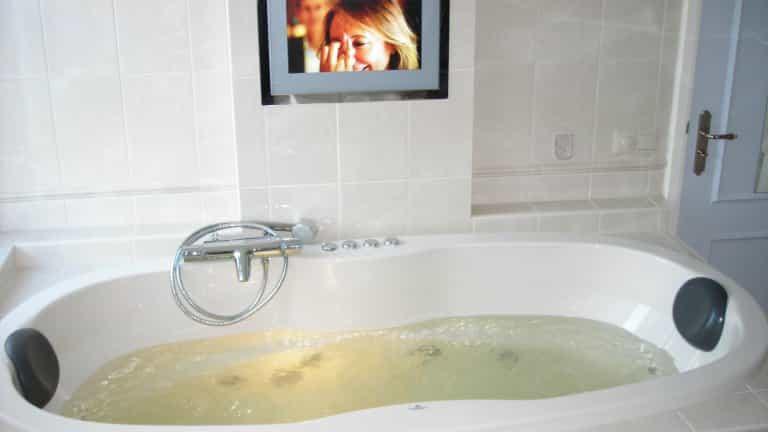 badkamer van hotel het Heerenhuys in Ruinerwold, Drenthe