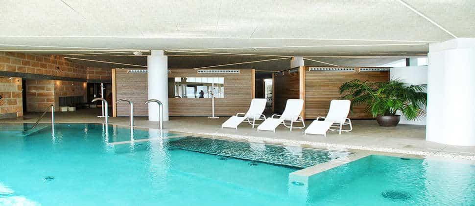 Binnebad van PortBlue Club Pollentia Resort in Alcudia, Mallorca