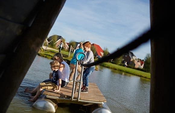 Buiten speelplaats van Buitenhof de Leistert in Roggel, Limburg