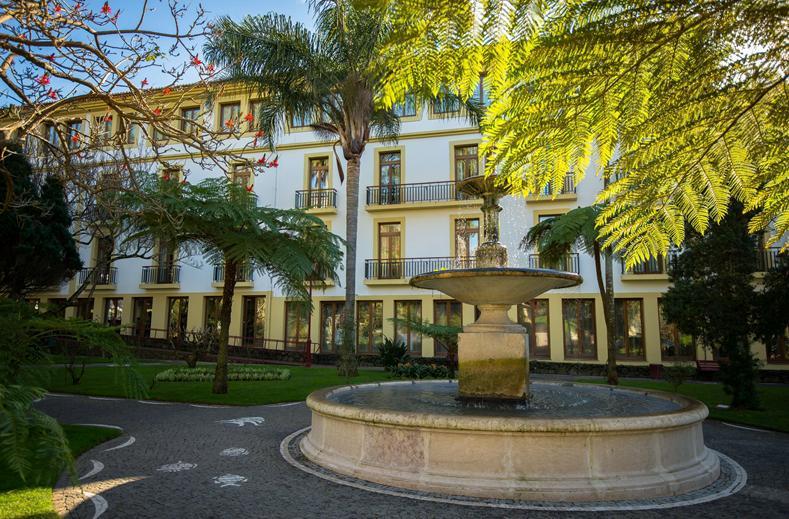 Azoris Angra Garden Plaza Hotel in Angra do Heroismo, Azoren